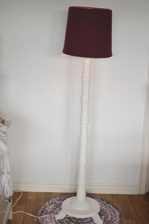 Stickad lampskärm